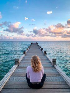 woman, sit, boardwalk